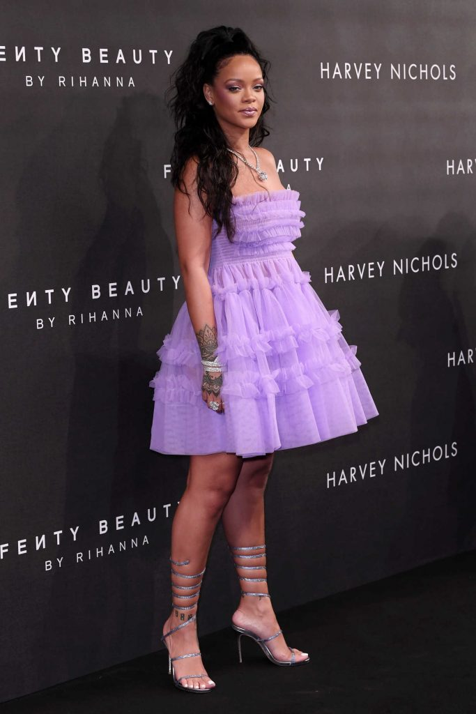 Rihanna at Fenty Beauty Launch Party in London-4