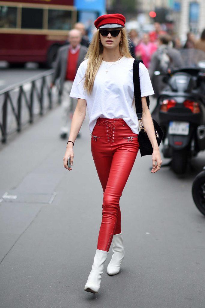Romee Strijd Arrives at the Balmain Show During Paris Fashion Week-1