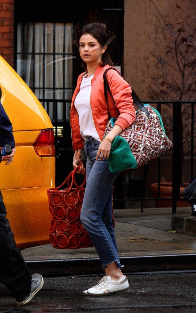 Selena Gomez on the Set of New Woody Allen in NYC-1