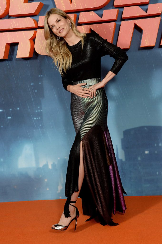Sylvia Hoeks at the Blade Runner 2049 Photocall in London-3