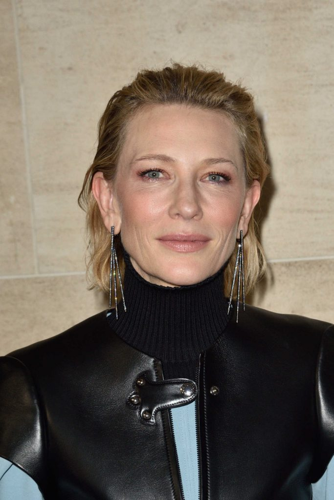 Cate Blanchett at the Louis Vuitton Show During Paris Fashion Week-1