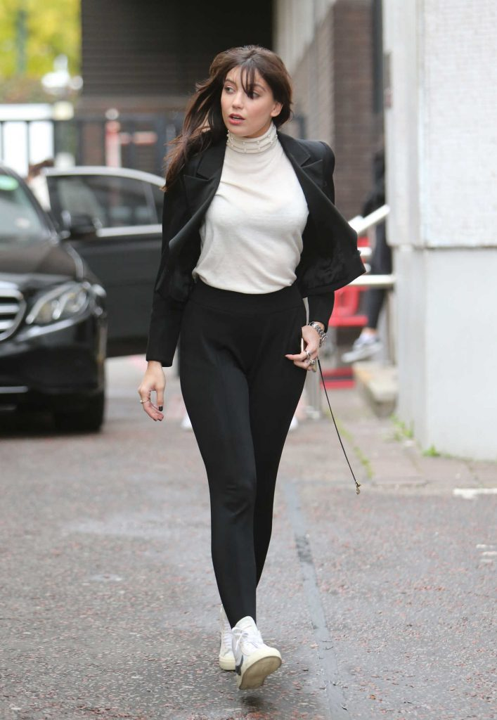 Daisy Lowe Wears a White Turtleneck Out in London-2