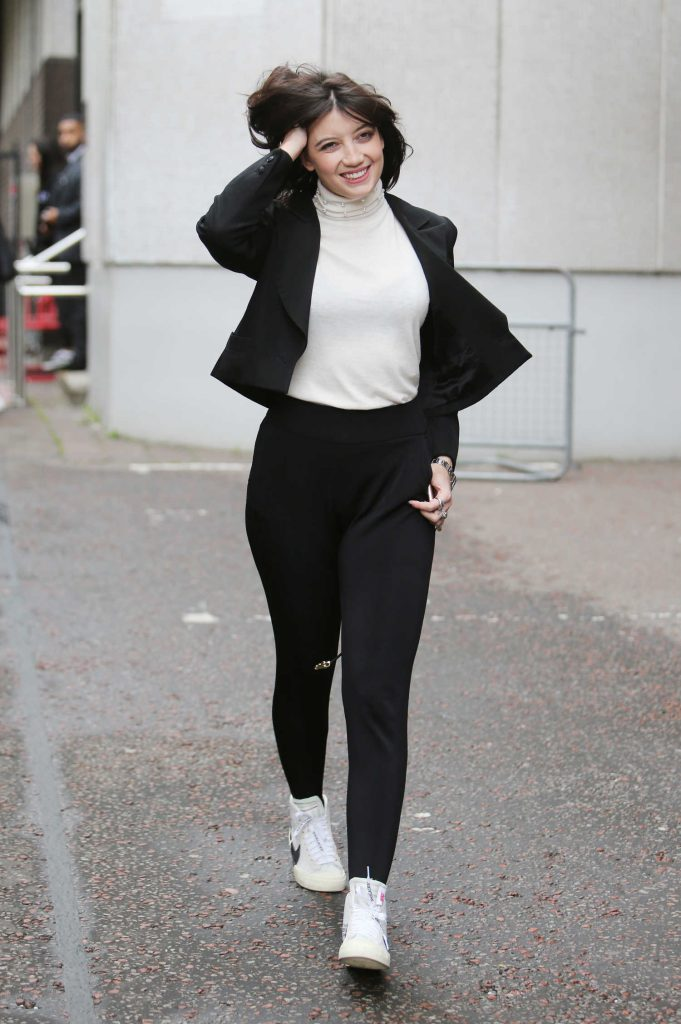 Daisy Lowe Wears a White Turtleneck Out in London-4