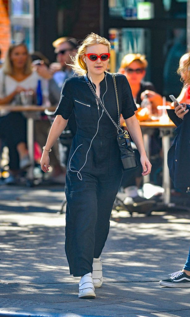 Dakota Fanning Out on a Stroll in NYC-1