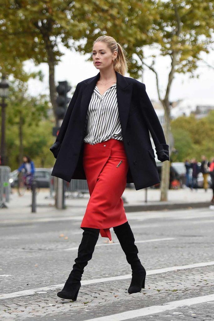 Doutzen Kroes Does a Photo Shoot for L'Oreal During Paris Fashion Week-2