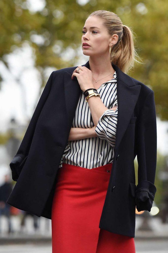 Doutzen Kroes Does a Photo Shoot for L'Oreal During Paris Fashion Week-4