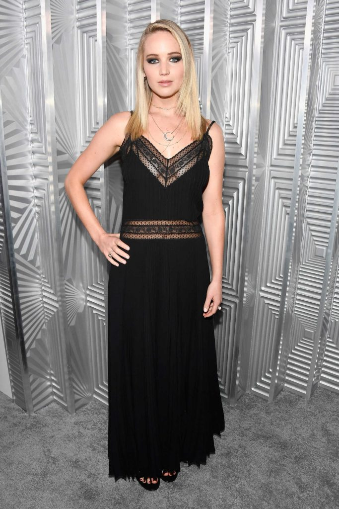 Jennifer Lawrence at ELLE's 24th Annual Women in Hollywood Celebration in Los Angeles-3