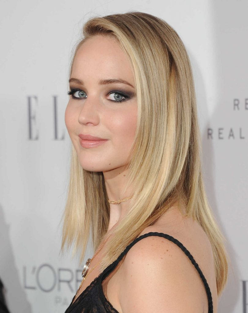 Jennifer Lawrence at ELLE's 24th Annual Women in Hollywood Celebration in Los Angeles-5