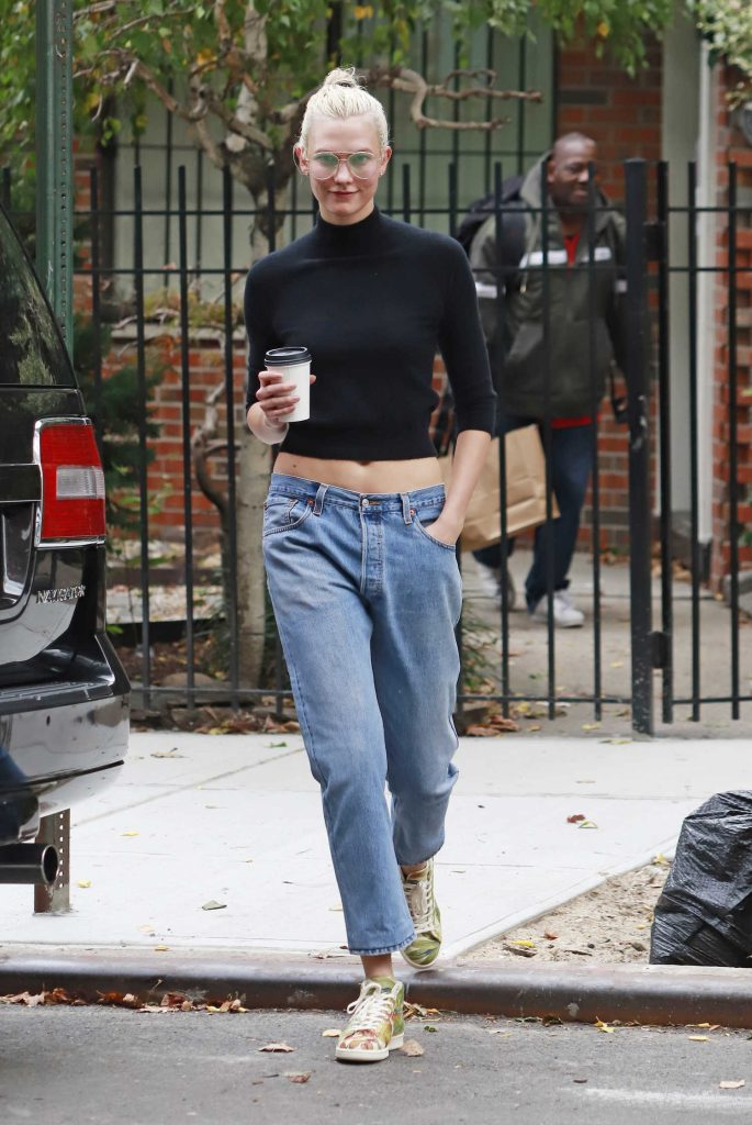 Karlie Kloss Wears a Black Top Out in NYC-1
