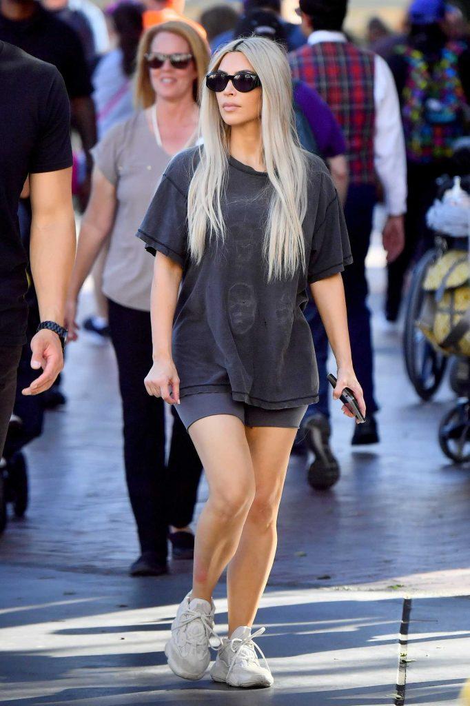 Kim Kardashian at Disneyland in Anaheim-2