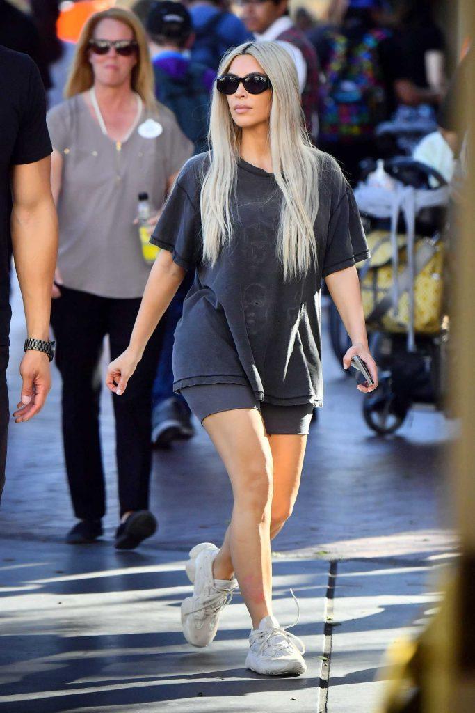 Kim Kardashian at Disneyland in Anaheim-3
