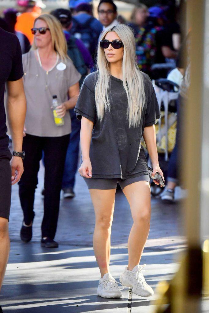 Kim Kardashian at Disneyland in Anaheim-4