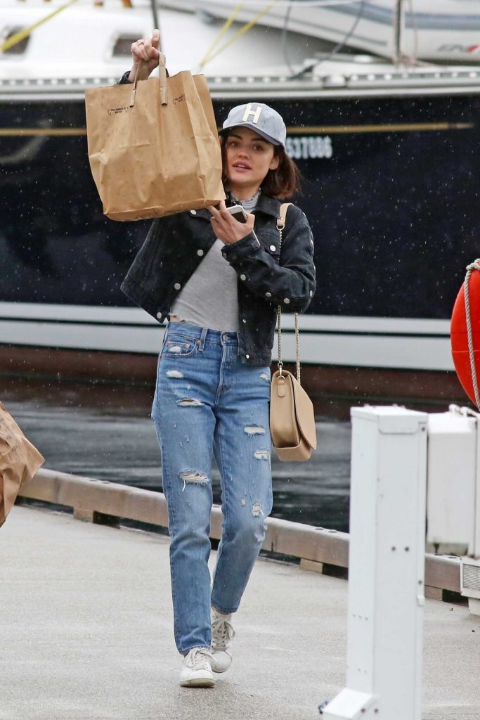 Lucy Hale Was Seen Out in Vancouver 10/01/2017-5