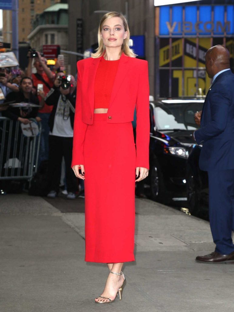 Margot Robbie Visits the ABC Studios for Good Morning America in New York City-2