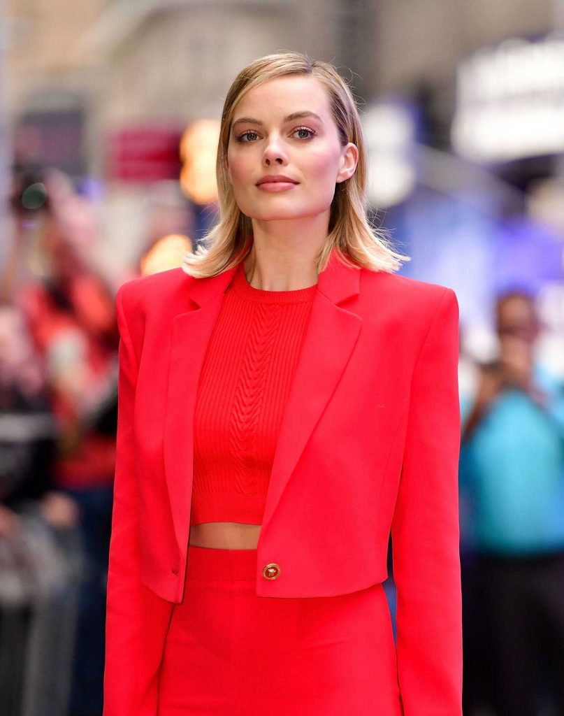 Margot Robbie Visits the ABC Studios for Good Morning America in New York City-5