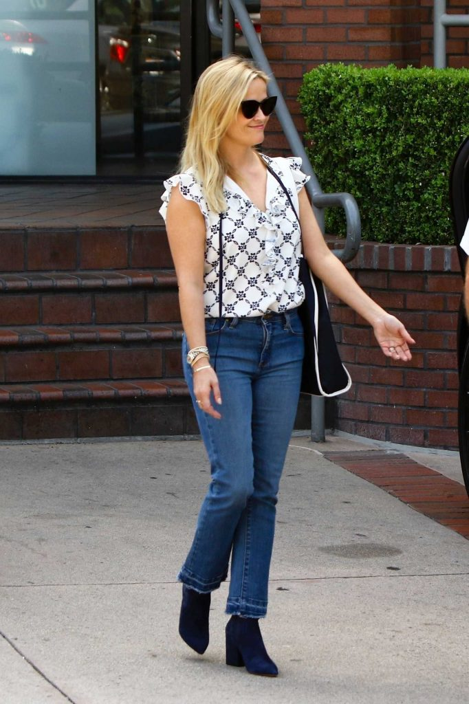 Reese Witherspoon Enjoys the Day With Her Family Out in Brentwood-1