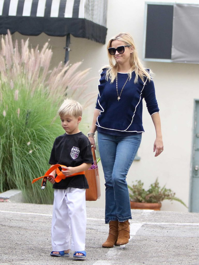 Reese Witherspoon Enjoys the Day With Her Family Out in Brentwood-5