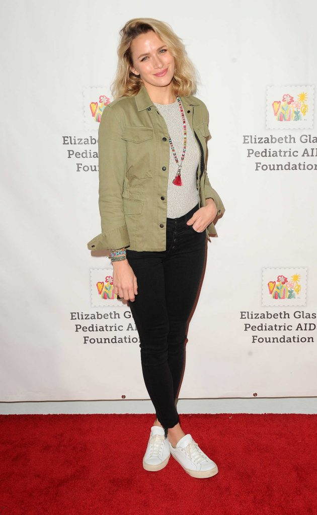 Shantel VanSanten at the Elizabeth Glaser Pediatric AIDS Foundation A Time For Heroes Family Festival in Los Angeles-4
