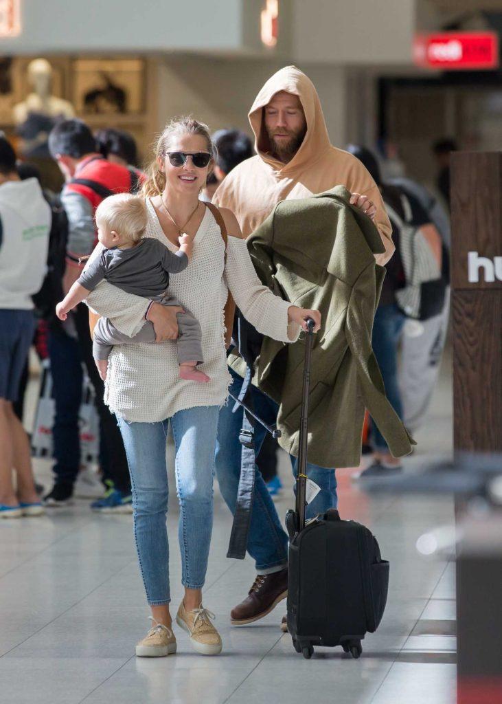 Teresa Palmer and Her Husband Mark Webber Arrive in Adelaide, Australia-1