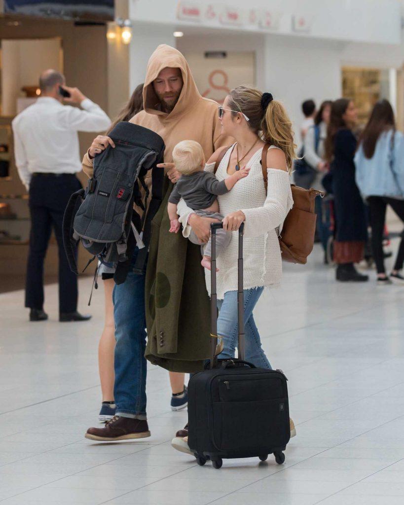 Teresa Palmer and Her Husband Mark Webber Arrive in Adelaide, Australia-3