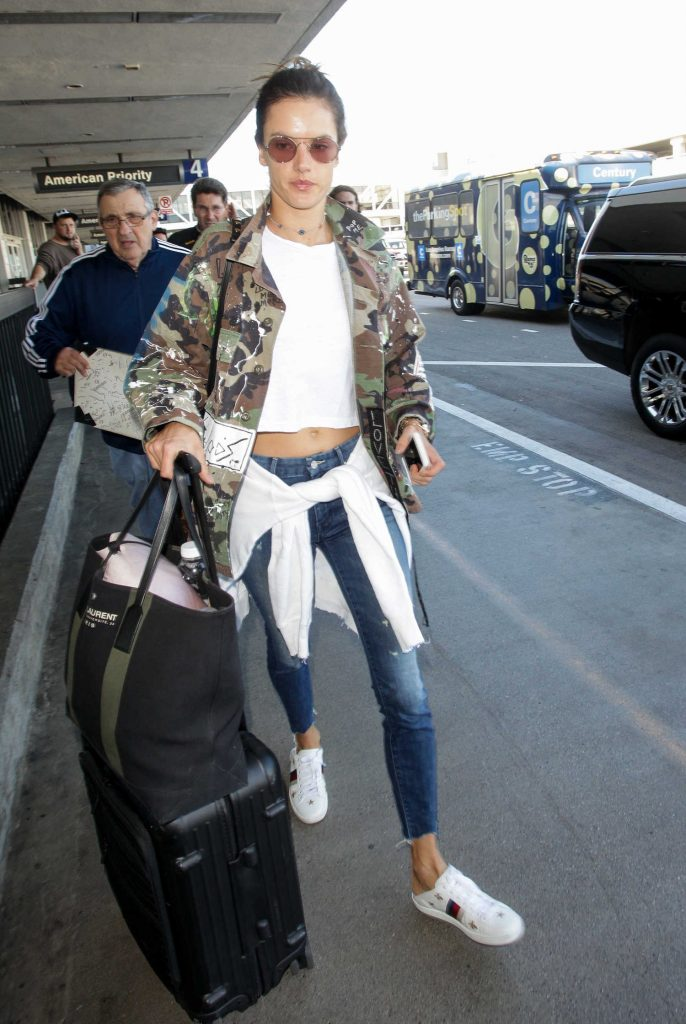 Alessandra Ambrosio at LAX Airport in Los Angeles-1