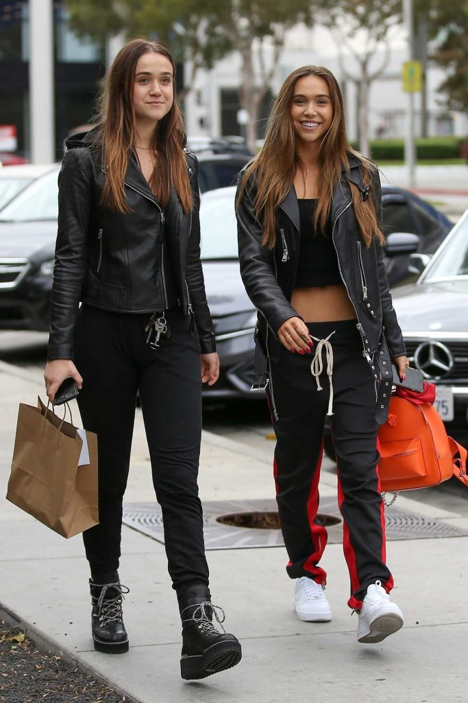 Alexis Ren Was Seen Out in West Hollywood-4