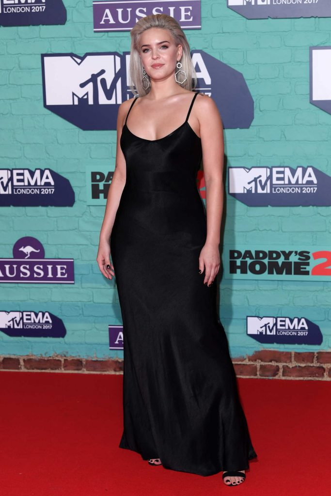 Anne-Marie at the 24th MTV Europe Music Awards in London-3