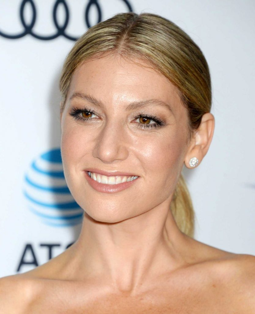 Ari Graynor at The Disaster Artist Screening During AFI Festival in Los Angeles-5