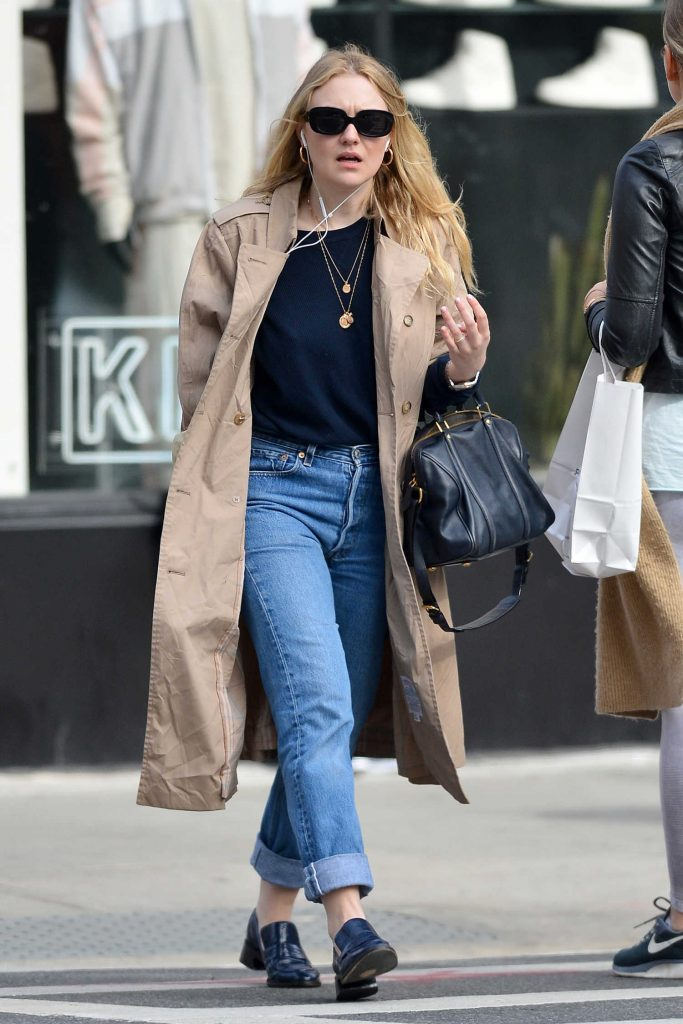 Dakota Fanning Out for a Stroll in NYC-4