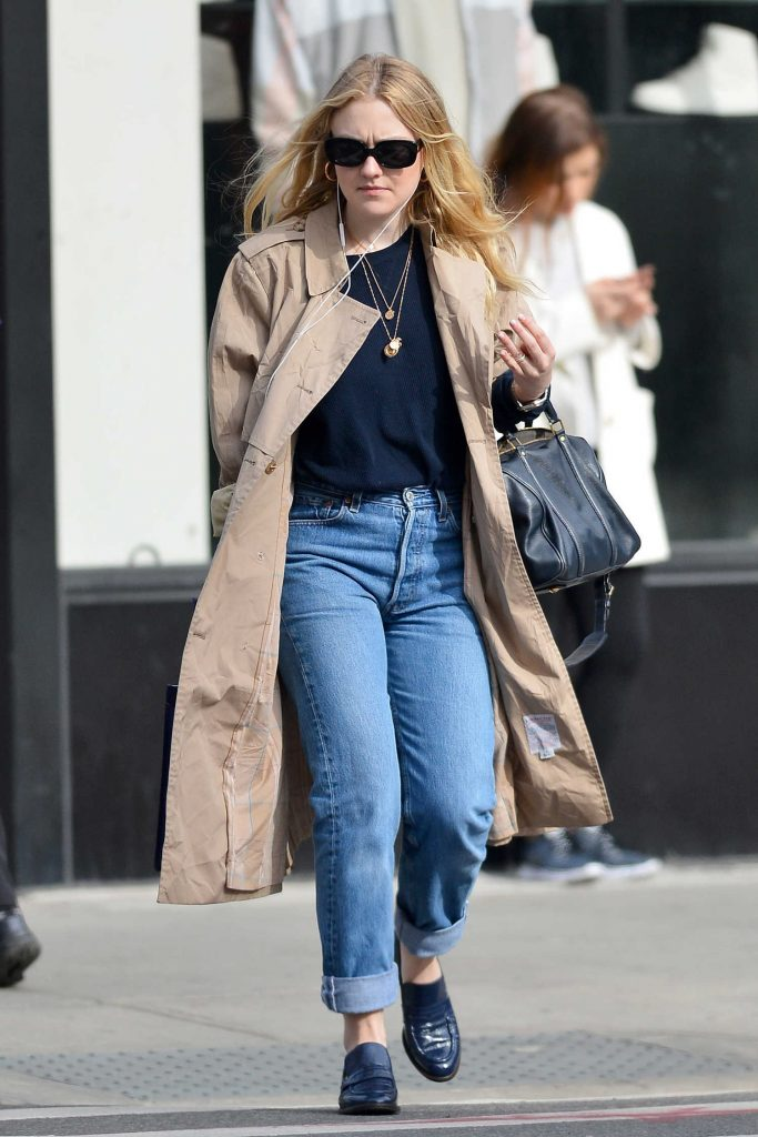 Dakota Fanning Out for a Stroll in NYC-5