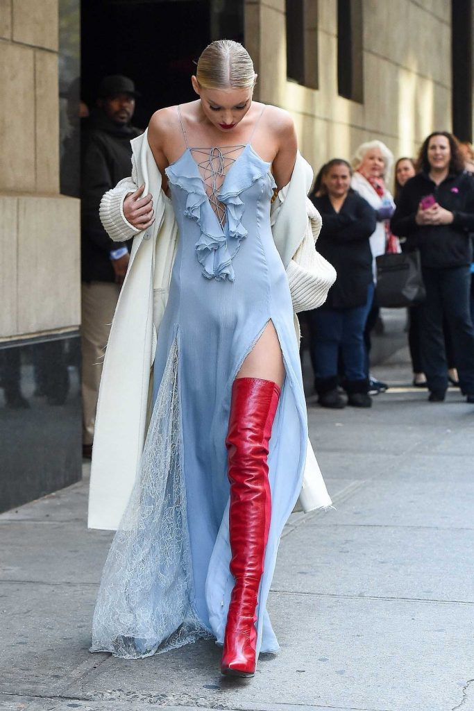 Elsa Hosk Arrives at the Wendy Williams Show in NYC-3