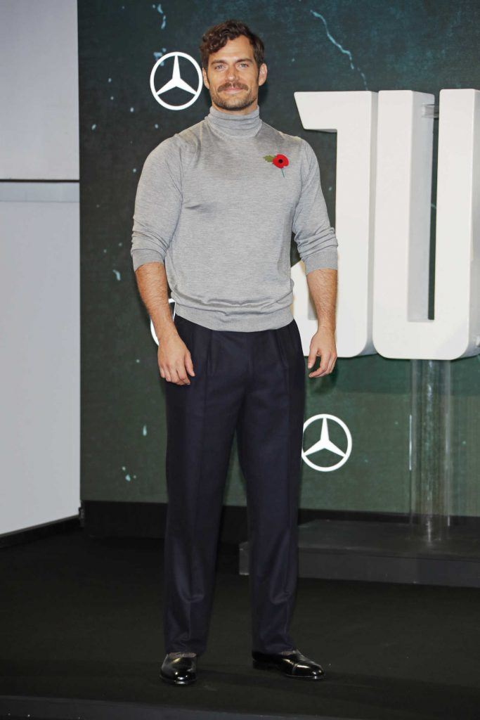 Henry Cavill at Justice League Photocall in London-1