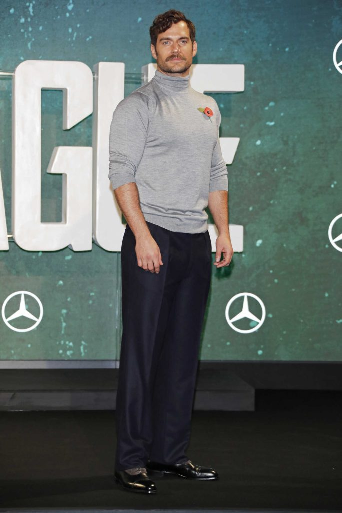 Henry Cavill at Justice League Photocall in London-2