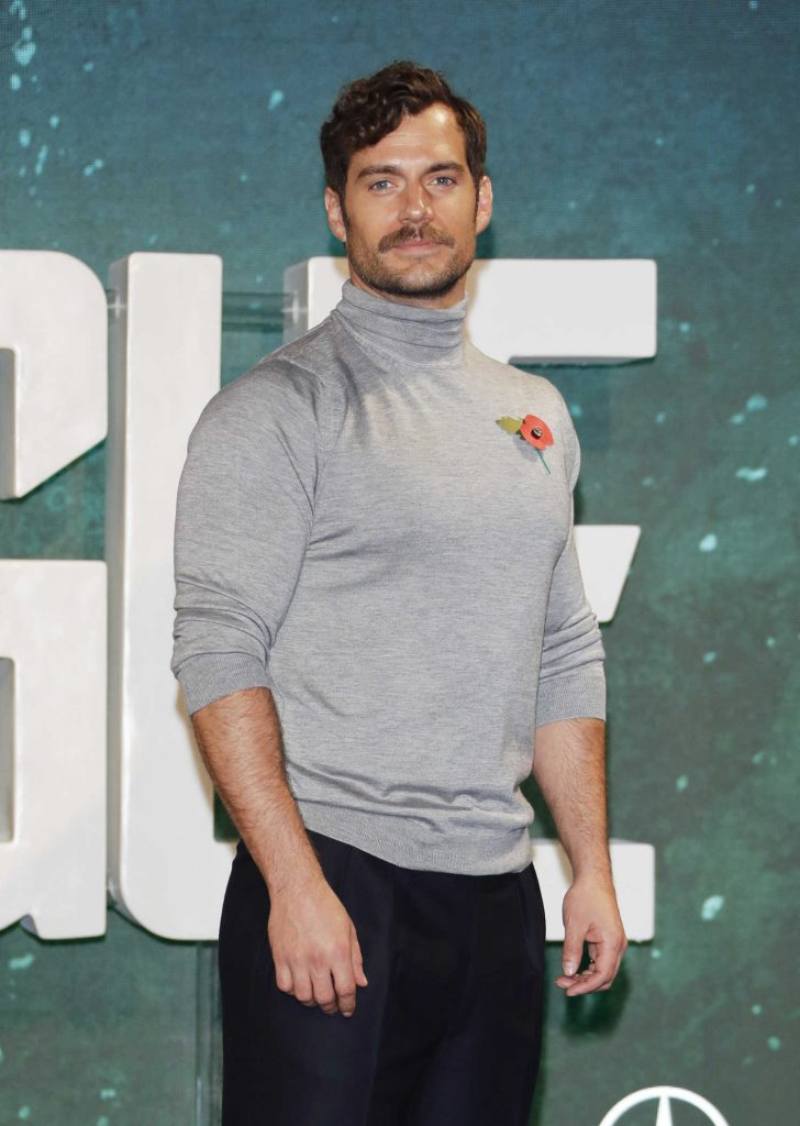 Henry Cavill at Justice League Photocall in London-3