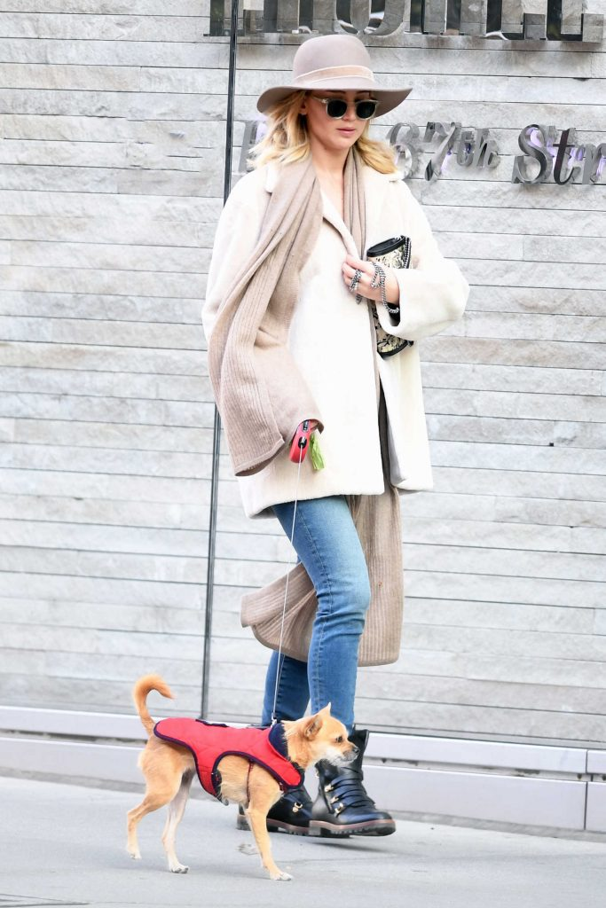 Jennifer Lawrence Walks Her Dog With Her Mother in New York City-1