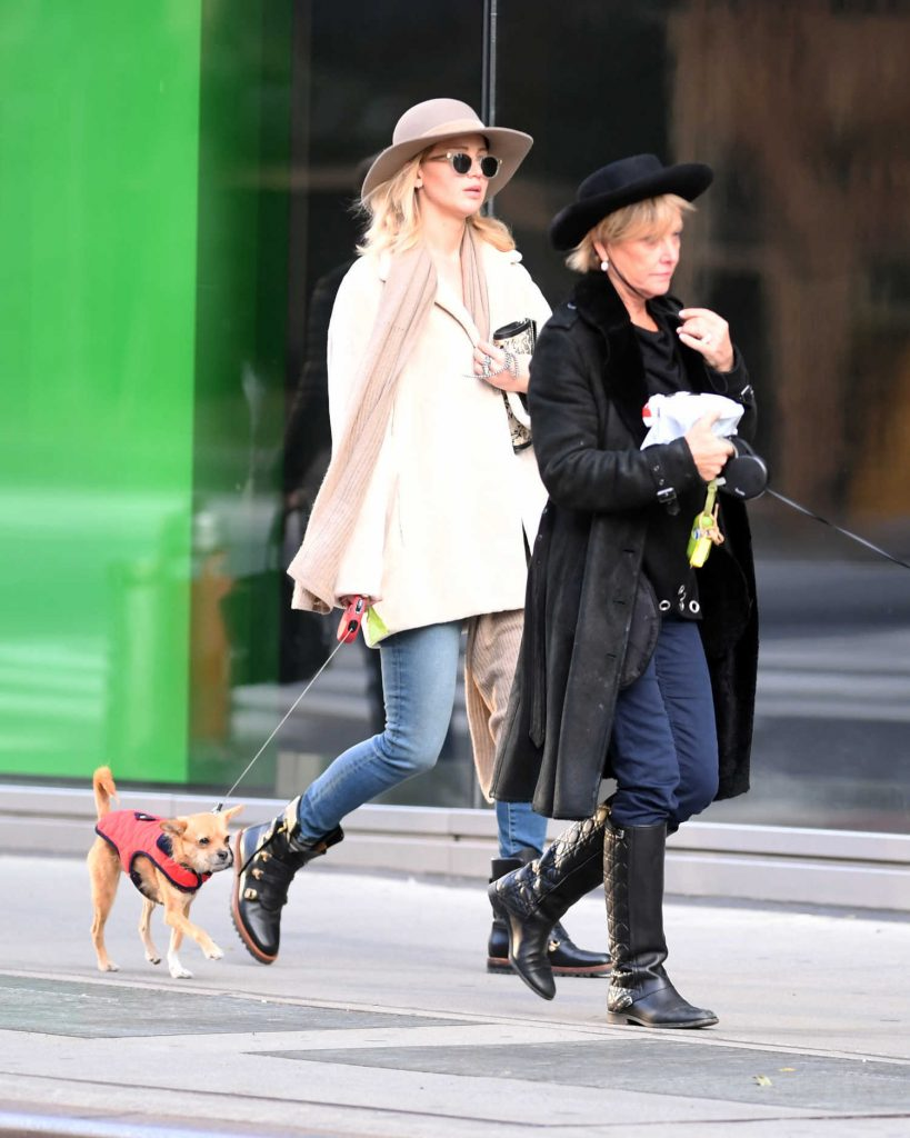 Jennifer Lawrence Walks Her Dog With Her Mother in New York City-2