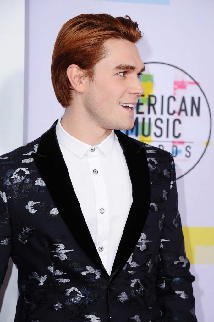 KJ Apa at 2017 American Music Awards at the Microsoft Theater in Los Angeles-4