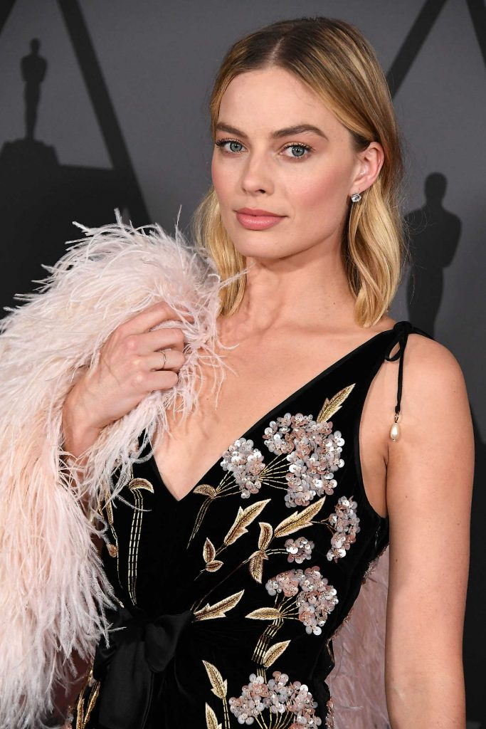 Margot Robbie at Academy of Motion Picture Arts and Sciences 9th Annual Governors Awards in Hollywood-3