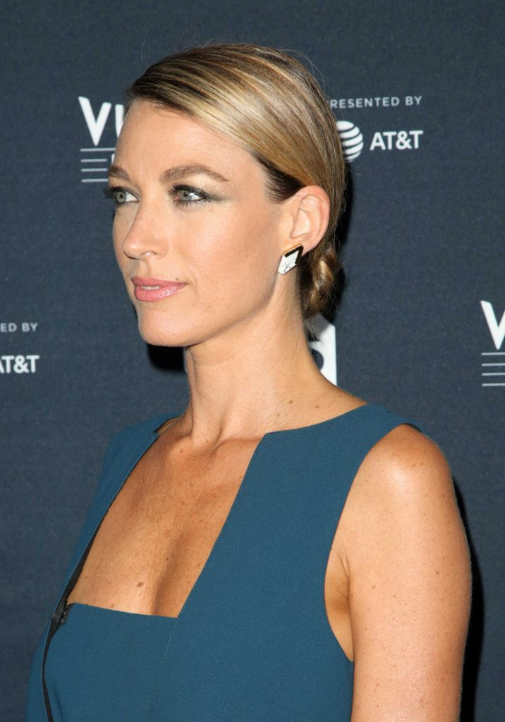 Natalie Zea at the Vulture Festival Scandal Panel in Los Angeles-5