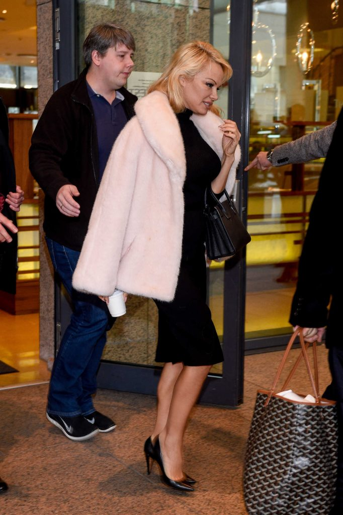 Pamela Anderson Leaves Her Hotel in Warsaw-1