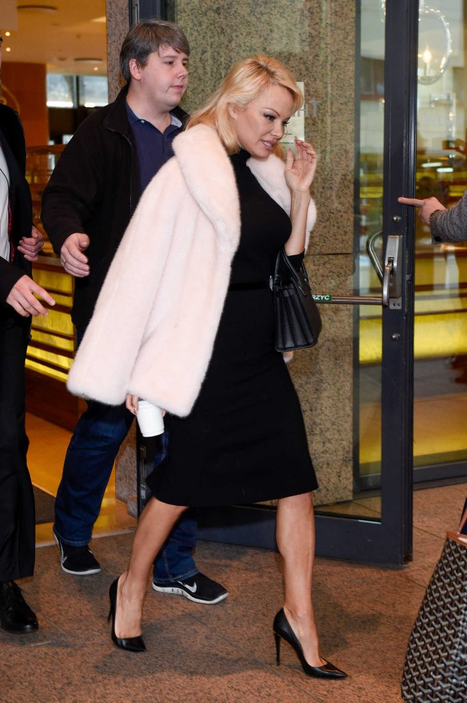 Pamela Anderson Leaves Her Hotel in Warsaw-2