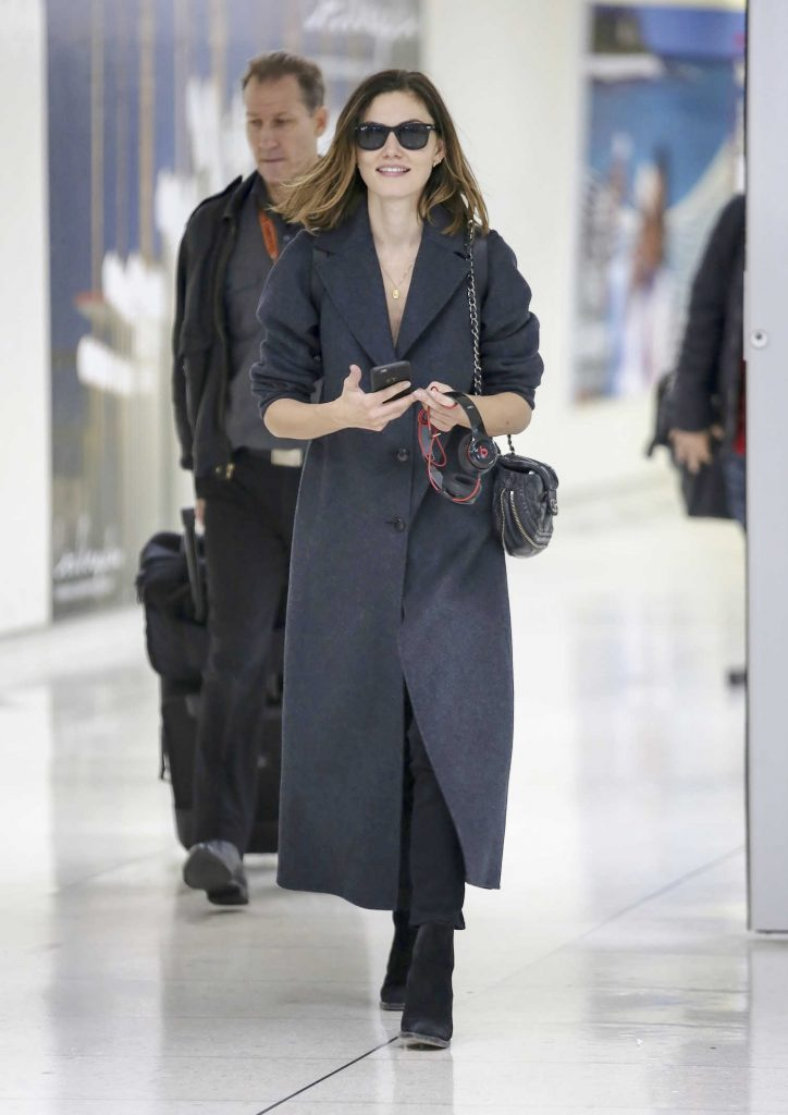 Phoebe Tonkin Was Seen at LAX Airport in LA-1