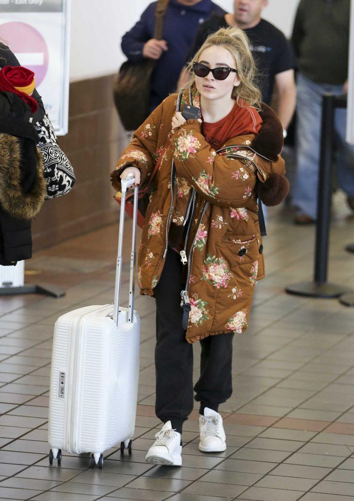 Sabrina Carpenter at LAX Airport in Los Angeles-1