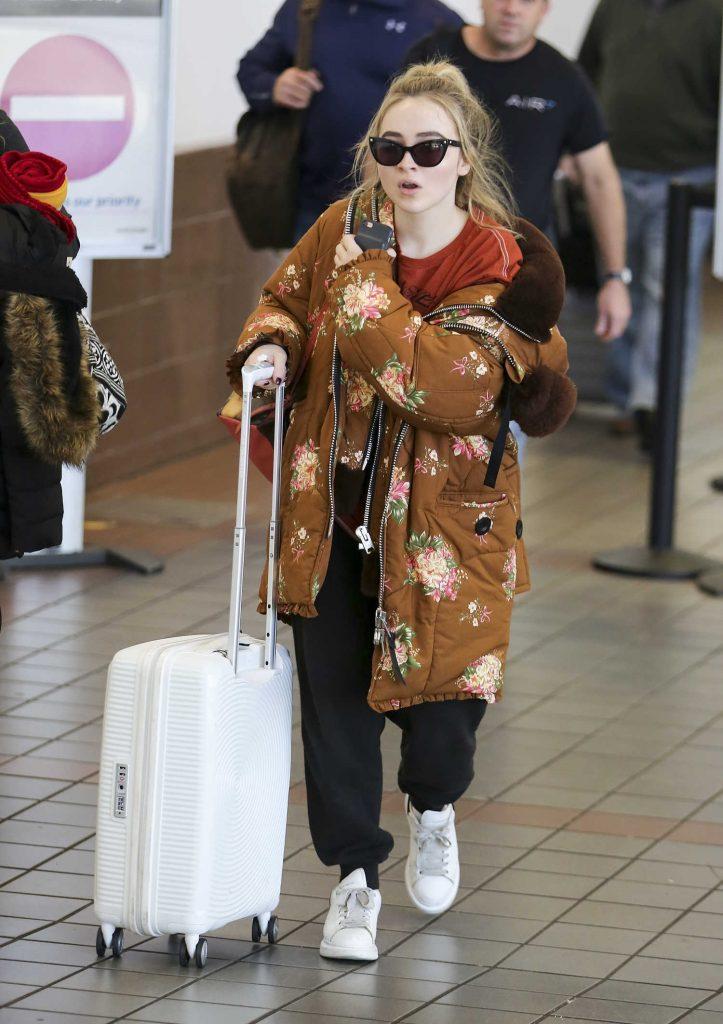 Sabrina Carpenter at LAX Airport in Los Angeles-2
