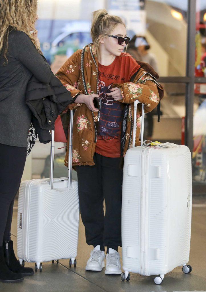 Sabrina Carpenter at LAX Airport in Los Angeles-3