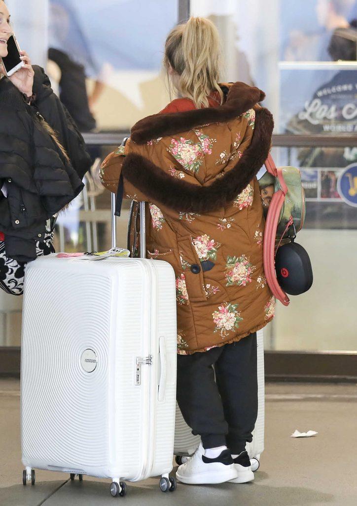 Sabrina Carpenter at LAX Airport in Los Angeles-5