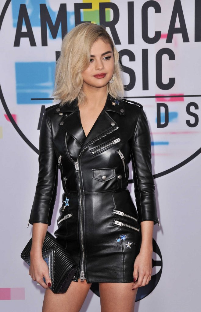 Selena Gomez at 2017 American Music Awards at the Microsoft Theater in Los Angeles-4
