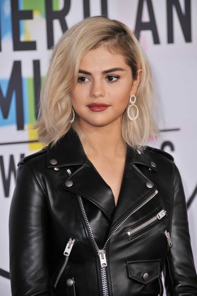 Selena Gomez at 2017 American Music Awards at the Microsoft Theater in Los Angeles-5