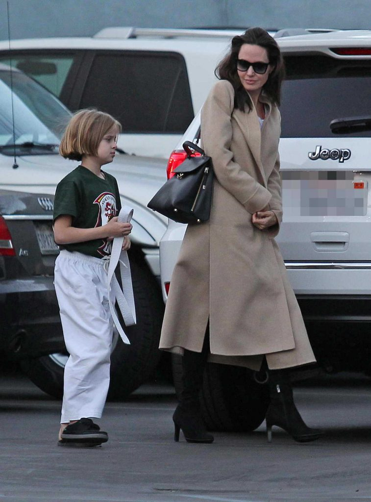 Angelina Jolie Arrives With Her Daughter at a Karate Class in Los Angeles-4