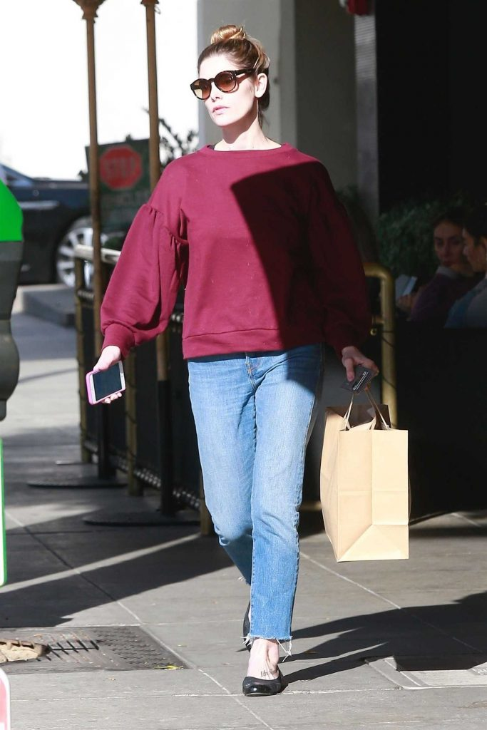 Ashley Greene Goes Shopping in Beverly Hills-1